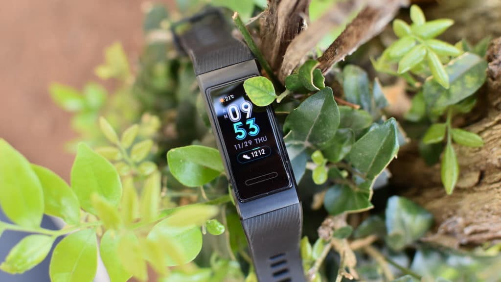 Huawei Band 3 Pro Review: Long Battery Life, Bright Display, Affordable Price